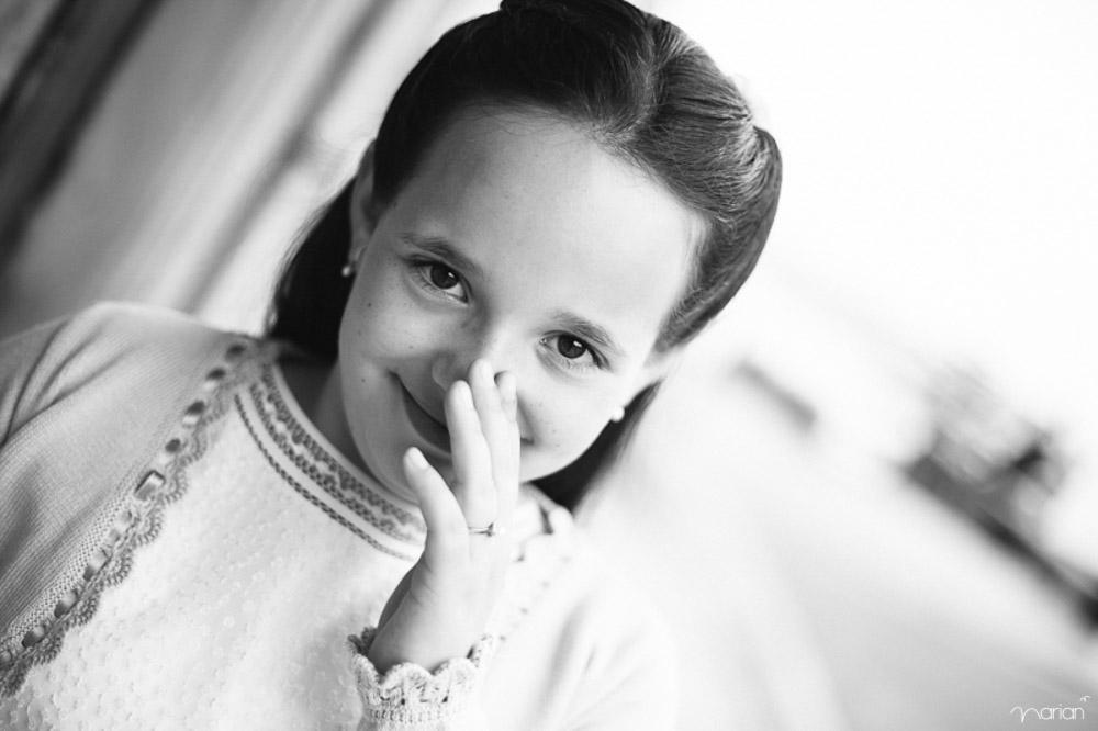 reportaje de comunión a niña en Donostia, gipuzkoa